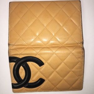 CHANEL - CC QUILTED CAMBON BIFOLD WALLET (CREAM)
